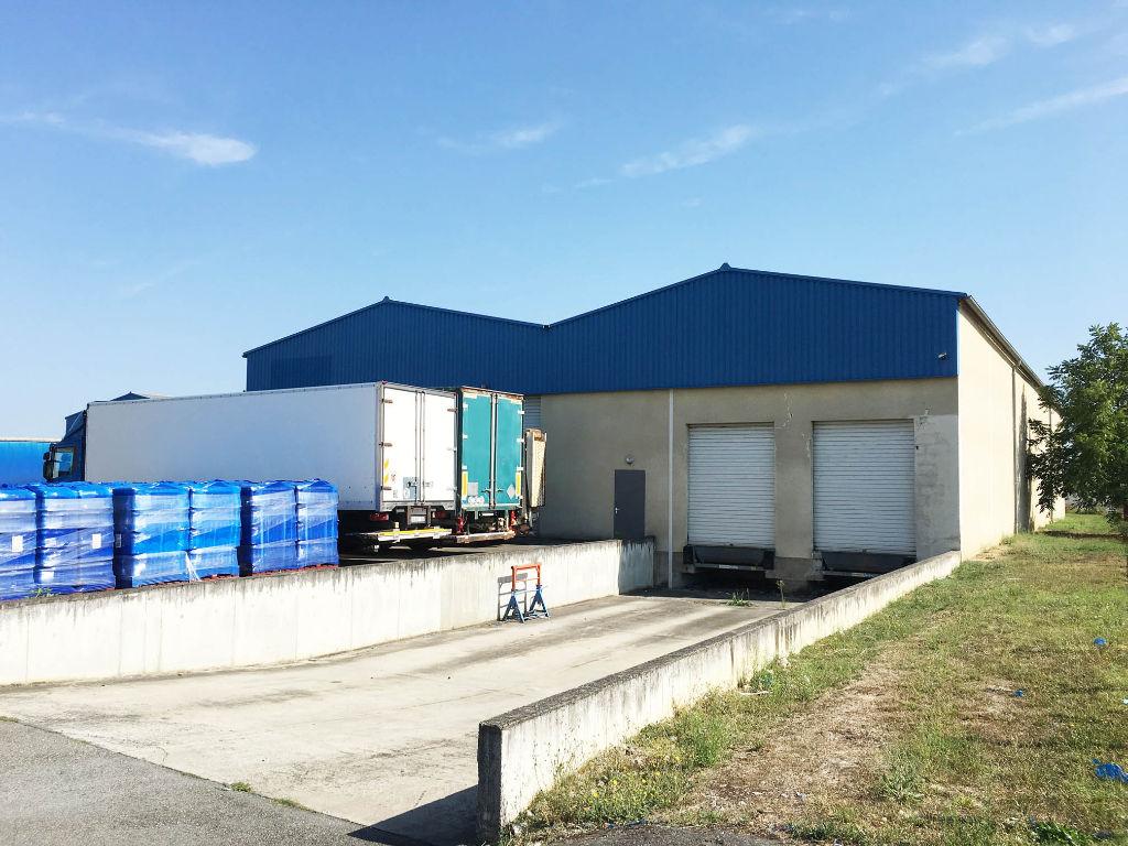 Entrepôt à louer de 2 330 m² à Bruguières au Nord de Toulouse