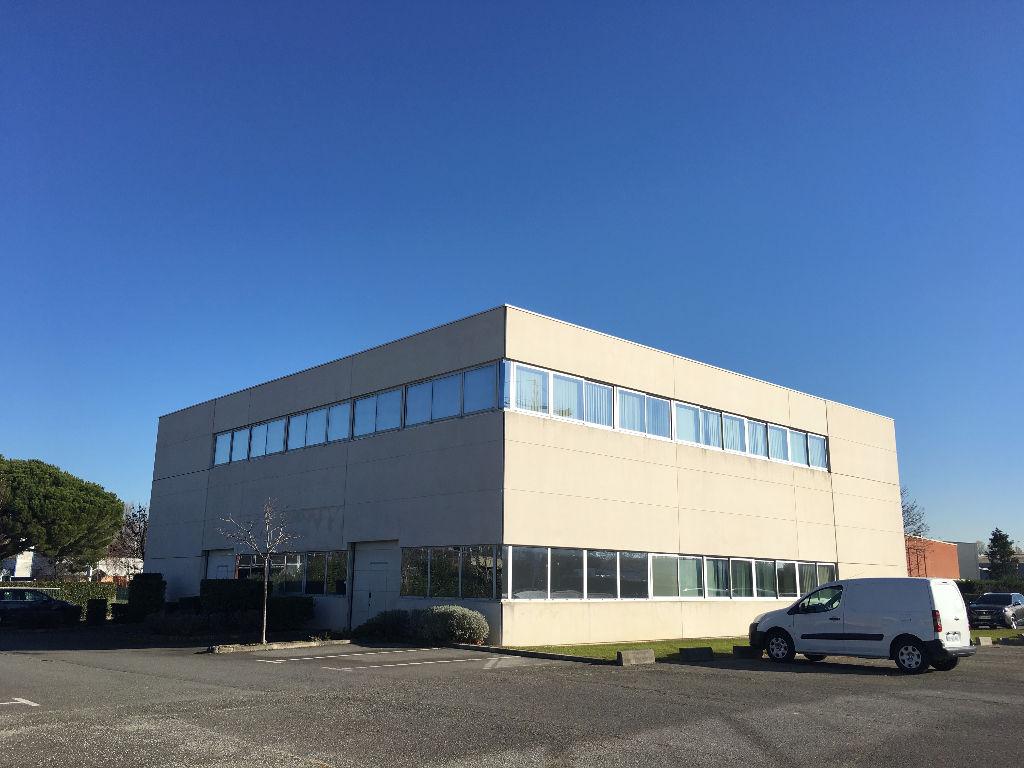 Local d'activité bureaux à louer Toulouse 423 m²