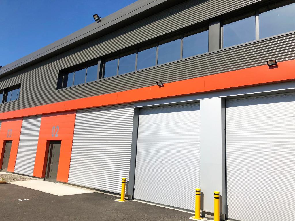 ZAC Garonne  - Locaux à vendre 2 450 m² environ
