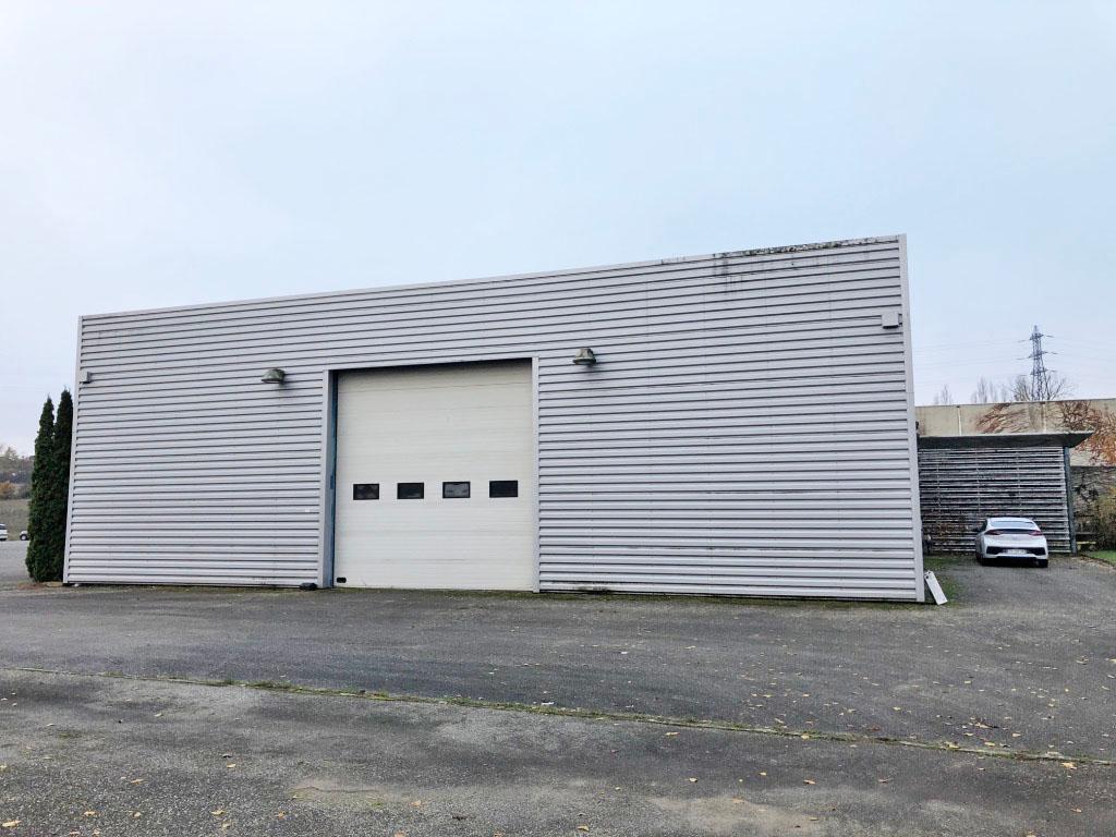 2 lots d'entrepôts / locaux industriels à Montrabe (31850)
