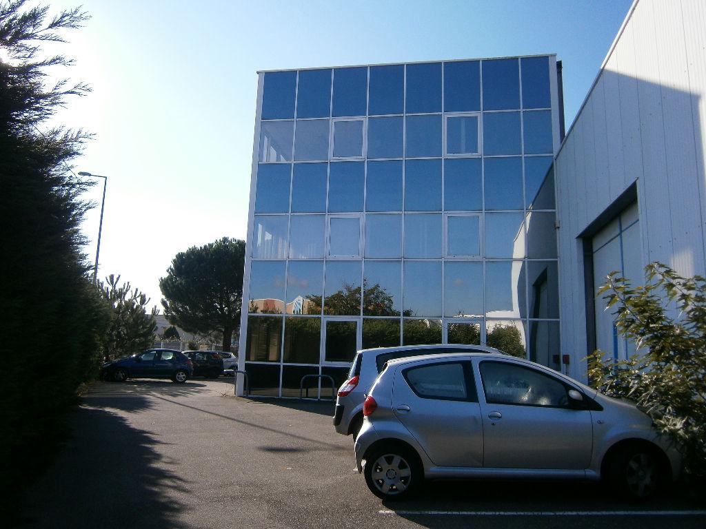 Bureaux à louer 200 m² ZI THIBAUD