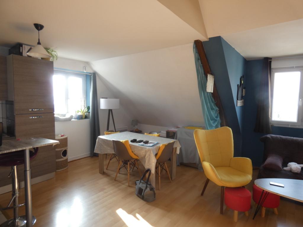 Appartement T3 en duplex 54 m² à GUER