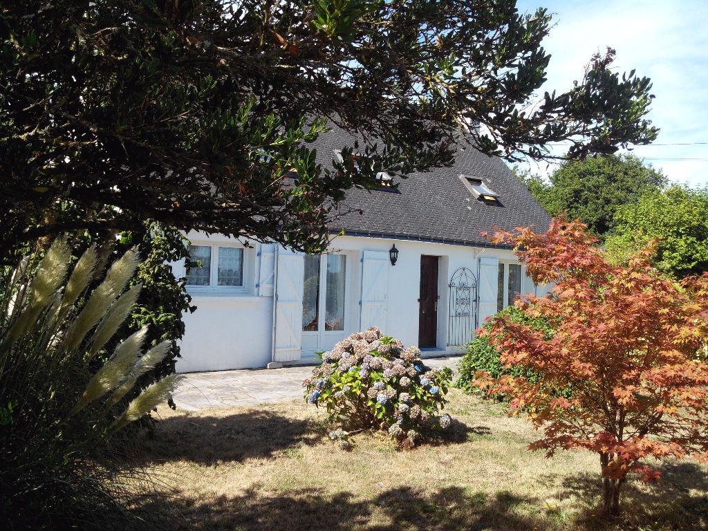 T6 Bon état+Grd garage double/2 323 m²