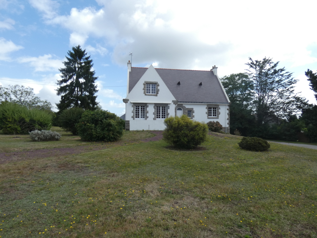 Maison Guer 8 pièce(s) 230 m2