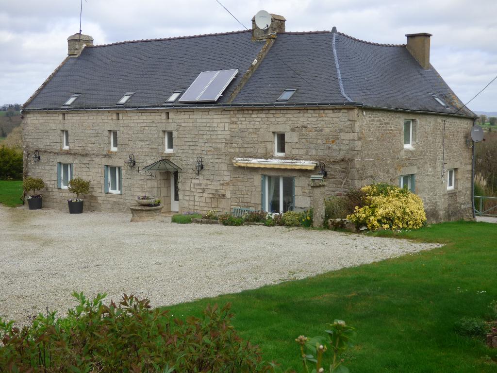 Maison Malguenac 8 pièce(s) 214 m2