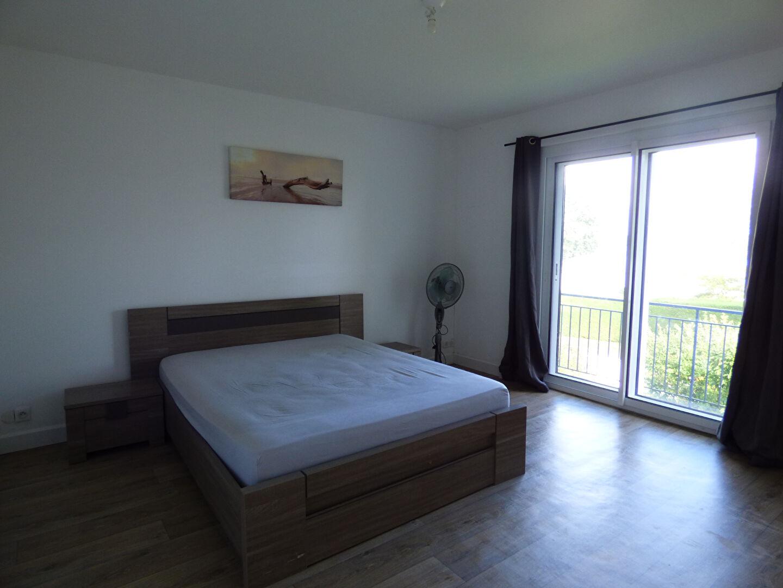 Maison à Taupont 5 pièce(s) 168 m2