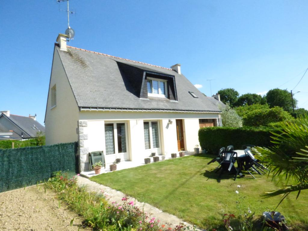 Maison Ploermel 6 pièce(s) 100 m2