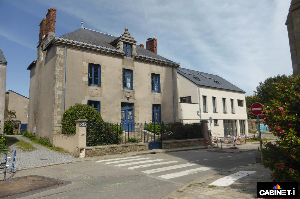 Maison Vigneux De Bretagne 8 pièce(s) 246 m2
