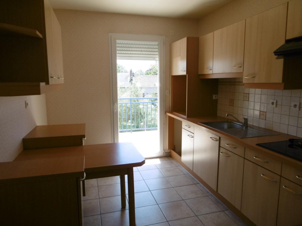 Appartement Chateaudun 3 pièce(s) 90.20 m2