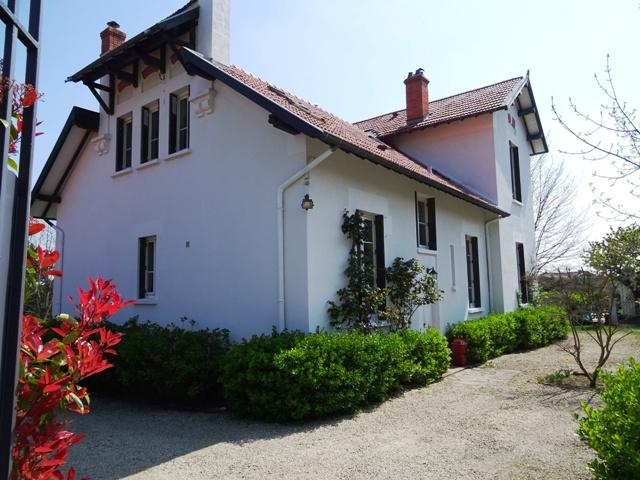 Maison Brindas 7 pièce(s) 260 m2