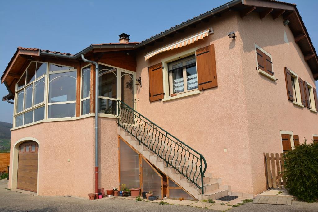 Jolie villa de 130 m², au calme, à BESSENAY