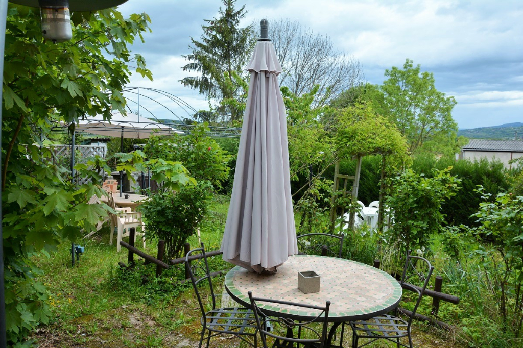 EXCLUSIVITE : SAVIGNY maison de hameau avec jardin