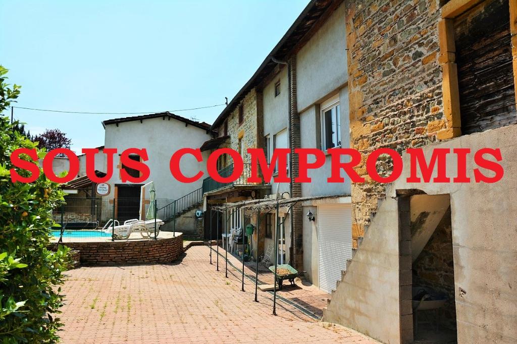 Maison ancienne à FLEURIEUX SUR L'ARBRESLE