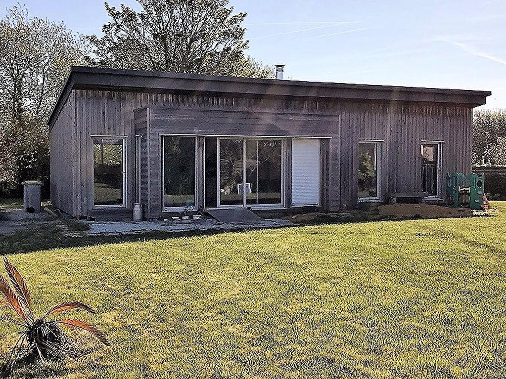 Maison bois bio climatique - 2 ch - à Léchiagat