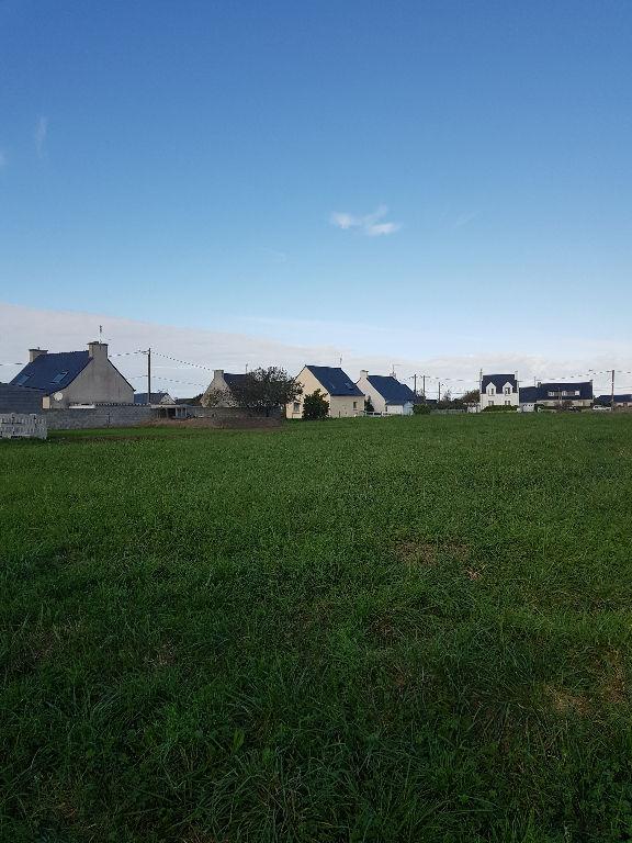 Terrain constructible proche bourg de Penmarch
