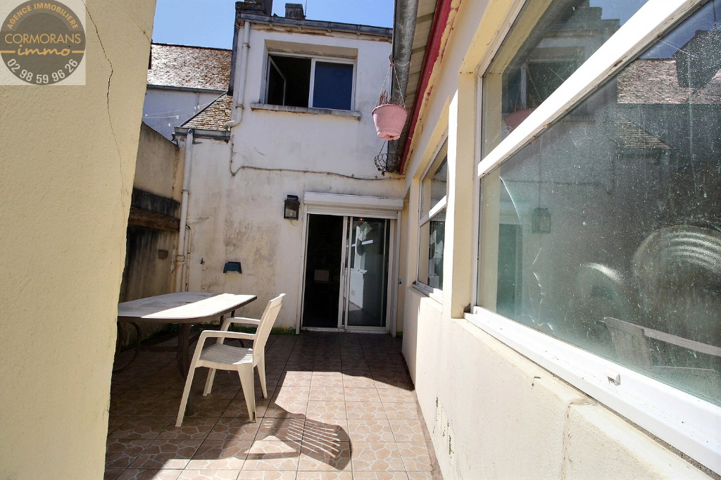 Maison en pierre St Guénolé/Penmarc'h proche du port et des plages