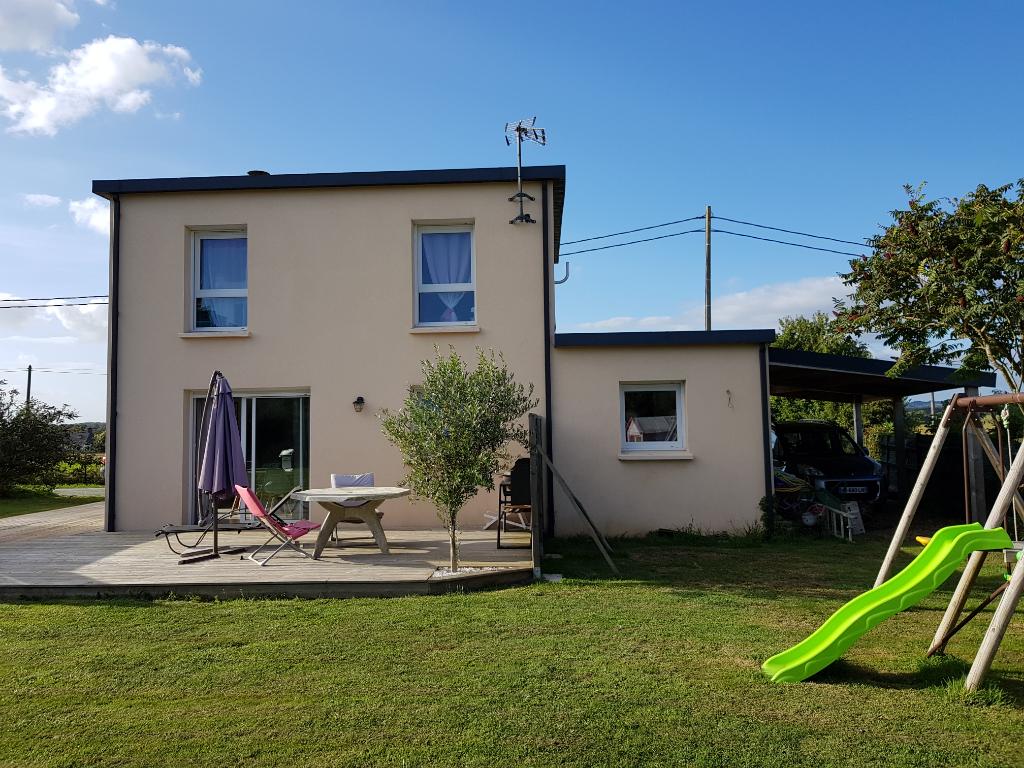 Belle maison contemporaine à Plonéour Lanvern