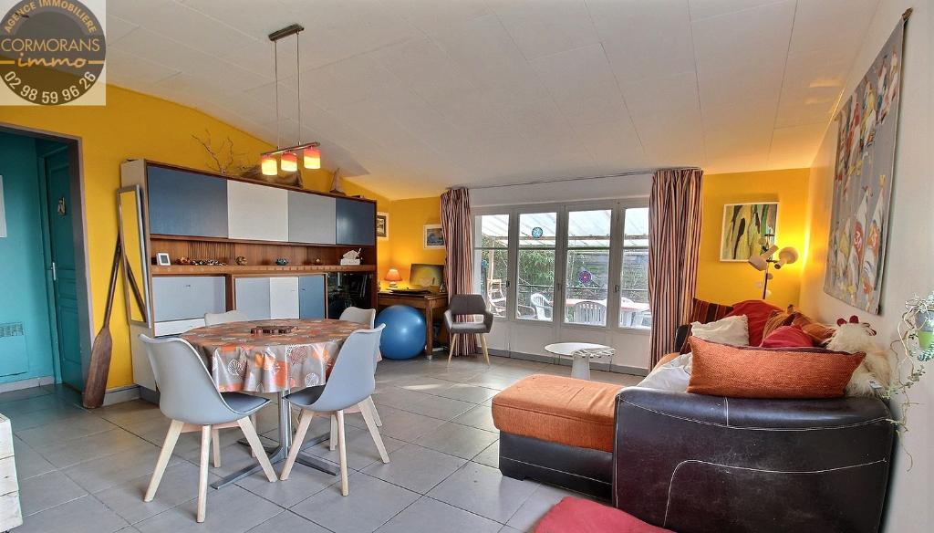 Maison de plain pied, 2 chambres, quartier calme à Penmarc'h