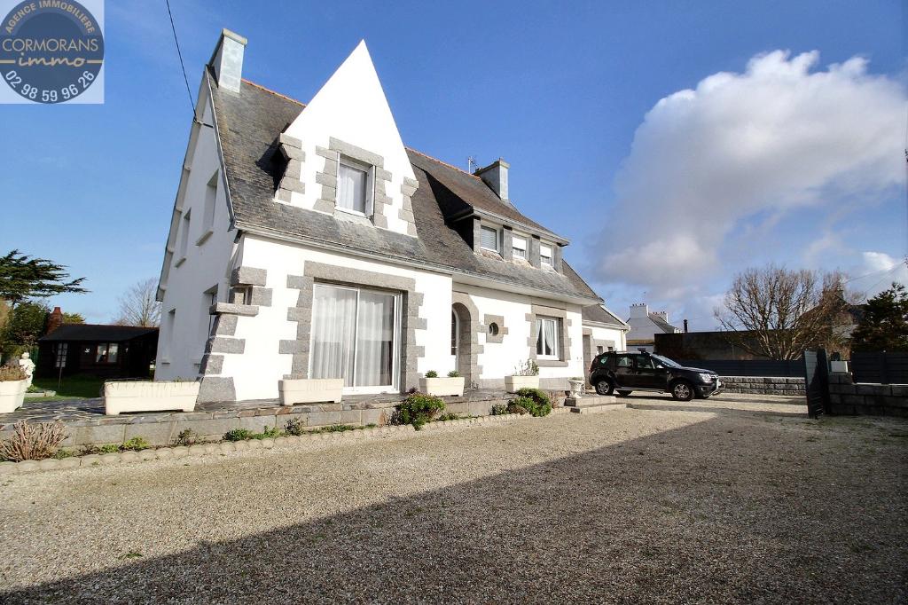 Grande maison familiale 5 ch sur 908 m2 de terrain à Penmarch