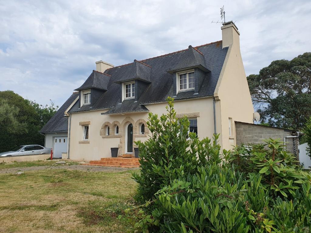 Maison Plomeur 8 pièce(s) 140 m2