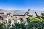 TEXT_PHOTO 2 - Saint Broladre - Maison de bourg mitoyenne des deux côtés à rénover avec 447m² de terrain.