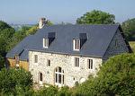 TEXT_PHOTO 2 - COURCY Ancien corps de ferme comprenant 2 grandes maisons rénovées + dépendances et 5.3 hectares de terrain. Idéal gites / chambres d'hôte.