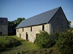 TEXT_PHOTO 4 - COURCY Ancien corps de ferme comprenant 2 grandes maisons rénovées + dépendances et 5.3 hectares de terrain. Idéal gites / chambres d'hôte.