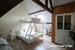 TEXT_PHOTO 11 - Les Chambres : ensemble de 2 maisons sur 1 hectare de terrain.