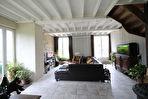 TEXT_PHOTO 12 - Les Chambres : ensemble de 2 maisons sur 1 hectare de terrain.