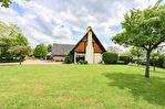 TEXT_PHOTO 1 - Au calme et sans vis-à-vis, proche bourg une belle maison des années 80 style pavillon, F6