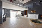 TEXT_PHOTO 1 - Maison A Vendre - Le Cergne 8 pièce(s) 350.54 m² - 330 000 €