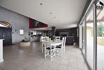 TEXT_PHOTO 3 - Maison A Vendre - Le Cergne 8 pièce(s) 350.54 m² - 330 000 €