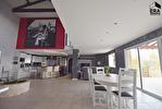 TEXT_PHOTO 6 - Maison A Vendre - Le Cergne 8 pièce(s) 350.54 m² - 330 000 €