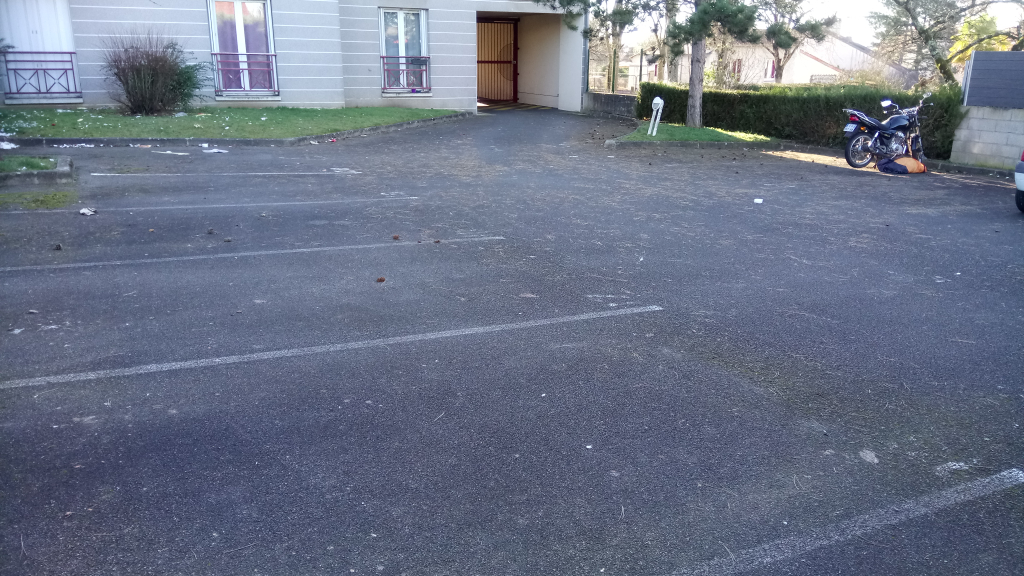 Vente garage parking poitiers 86000 sur le partenaire for Vente garage parking angers