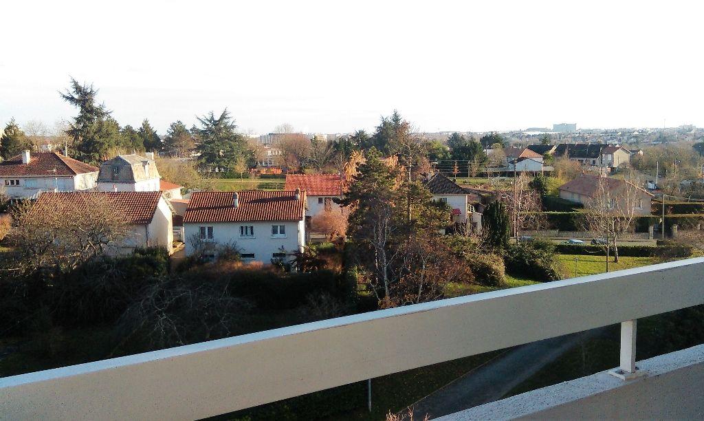 Appartement Poitiers 4 pièces 85.18 m2