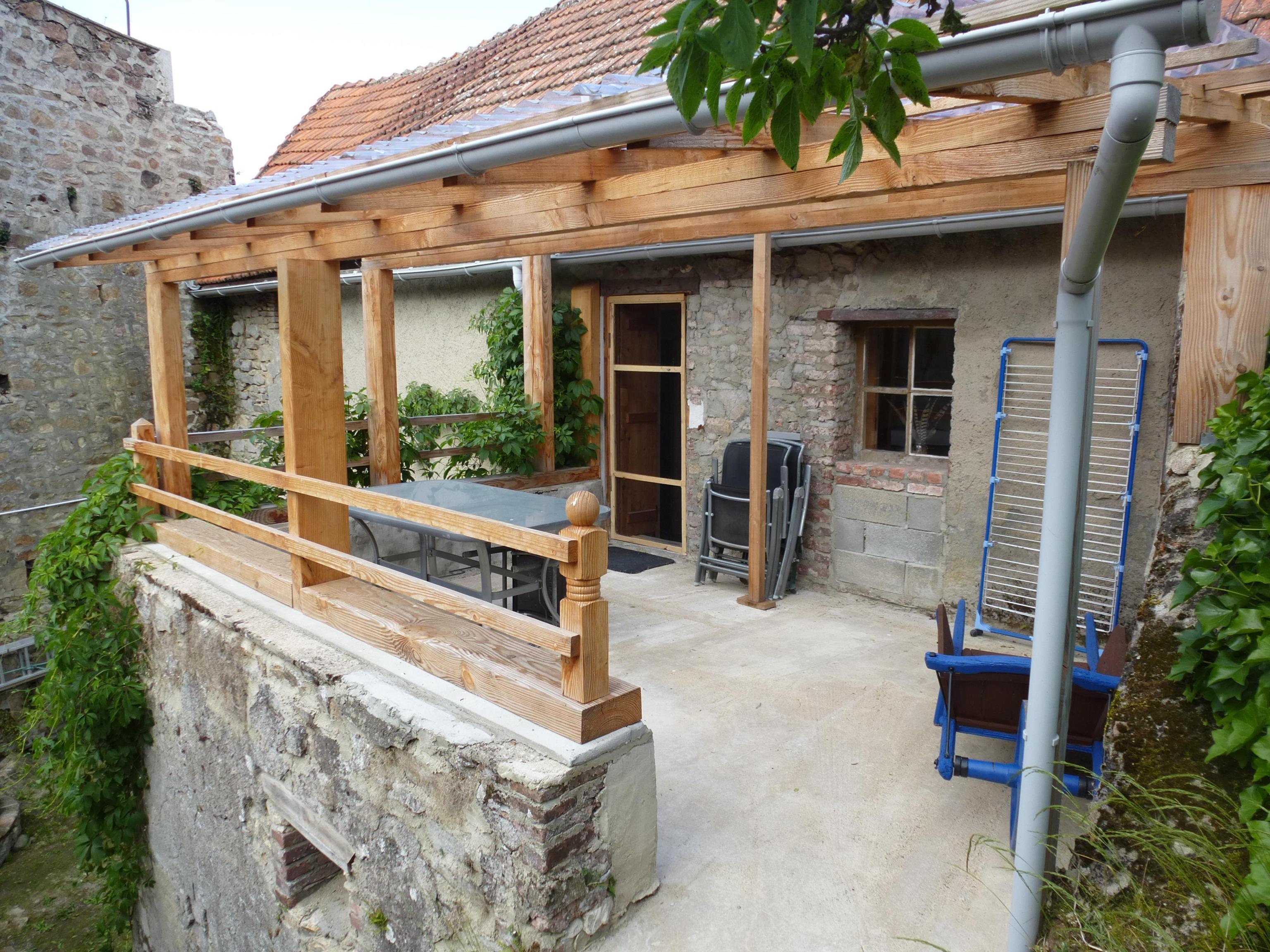 A voir ! maison type F3 Montaigut-En-Combraille