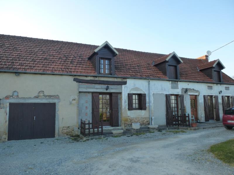 Maison d'habitation type F8 avec terrain.