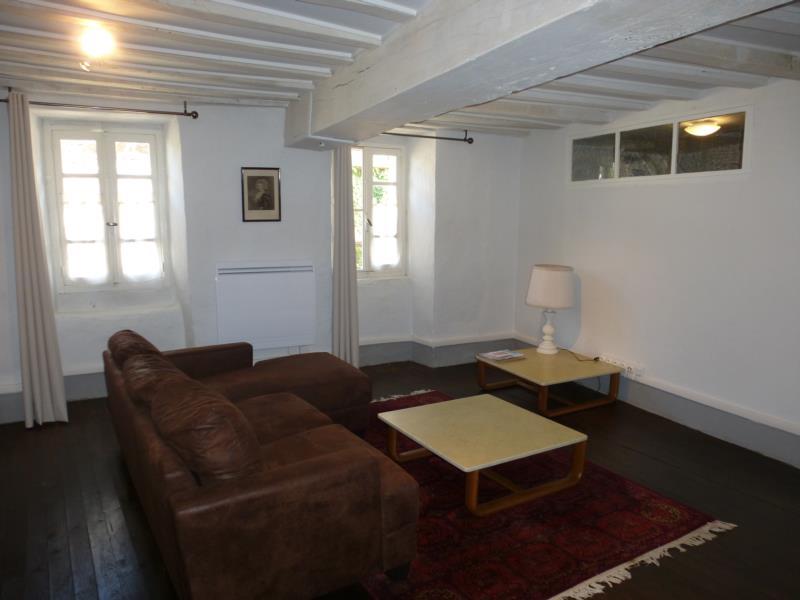 Maison meublée de caractère à louer bourg de Pionsat 450€