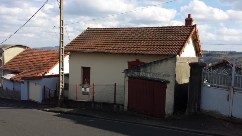 Saint-Eloy-Les-Mines !!! Maison type F3 avec terrain clos de 300 m2.