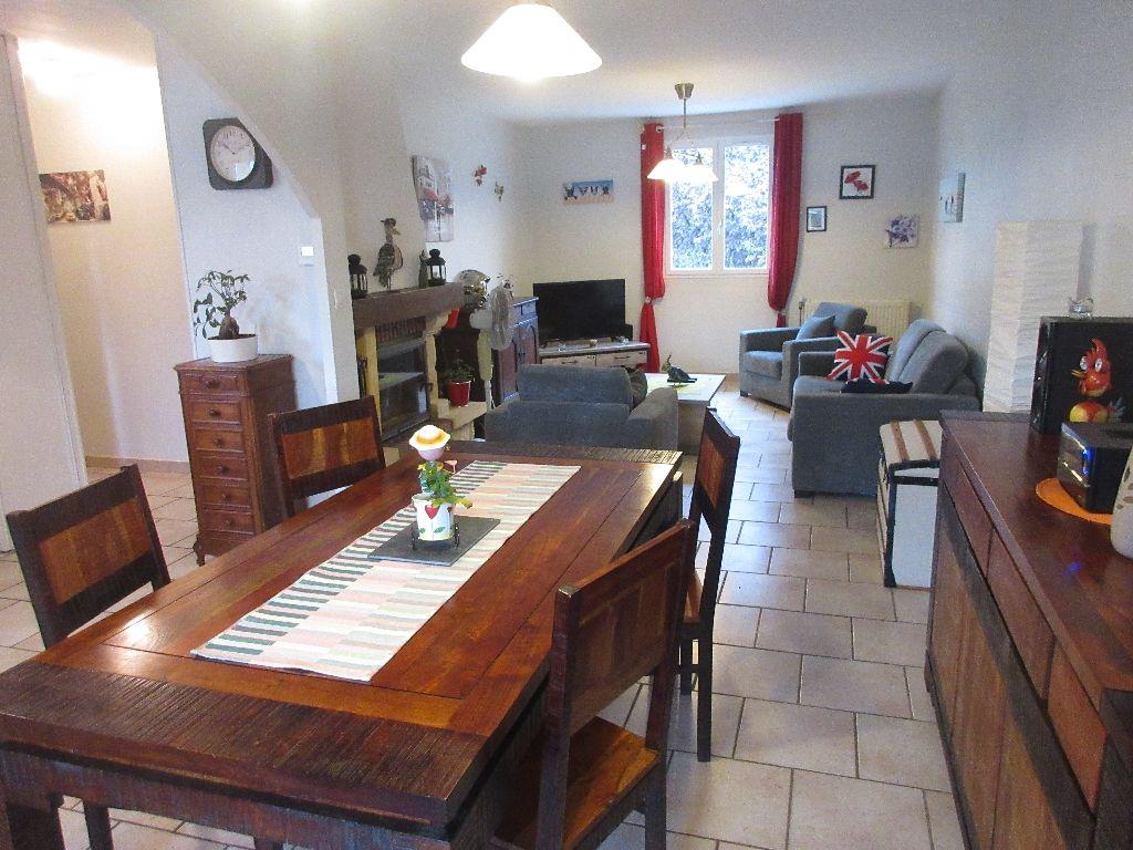 Maison Montlucon 6 pièce(s) 125 m2