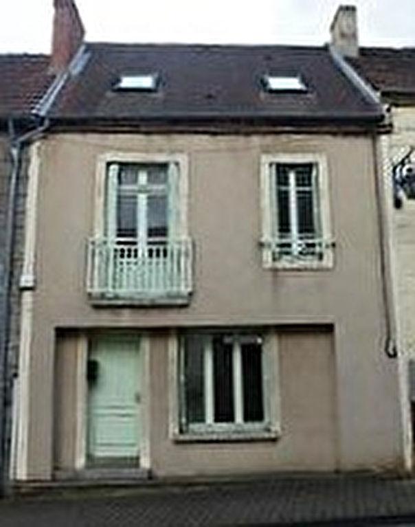 Montaigut-En-Combraille maison de ville type F5