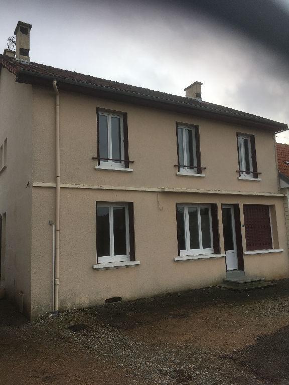 Maison Saint Eloy Les Mines 7 pièce(s) 151 m2