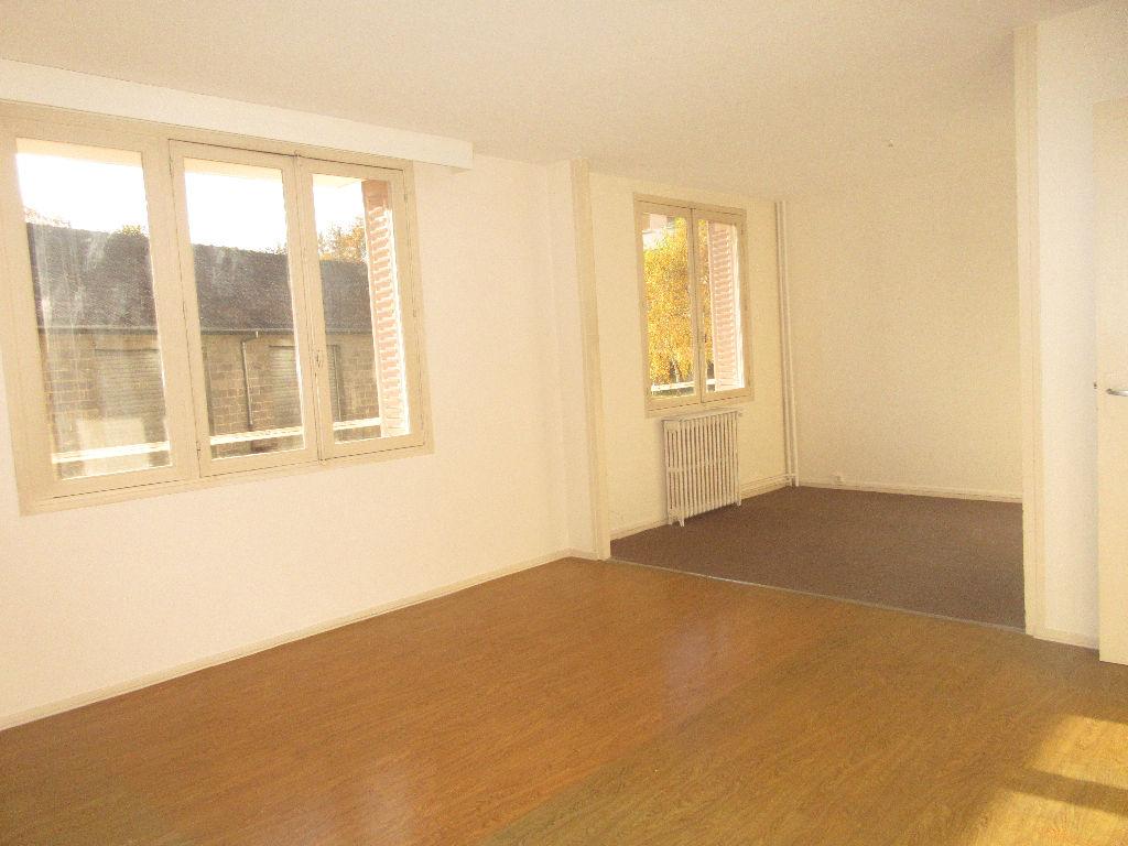 Appartement Montlucon 3 pièce(s) 65 m2
