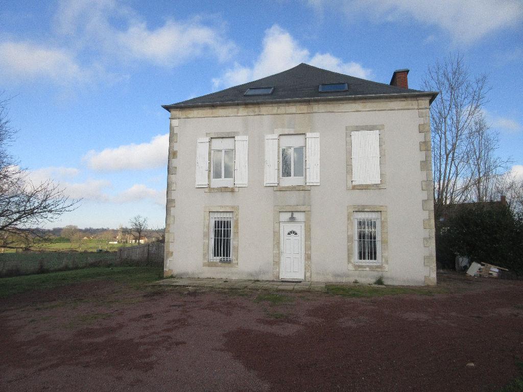 Maison Saint Angel 7 pièce(s) 188 m2