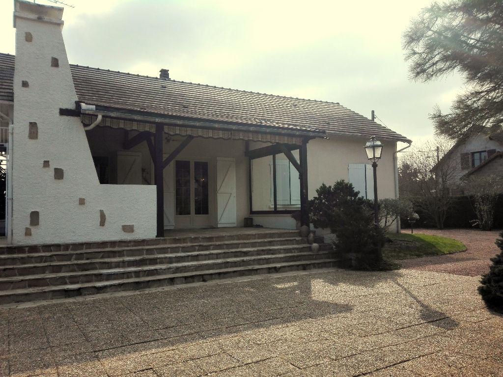 Maison Saint Pourcain Sur Sioule 114 m2