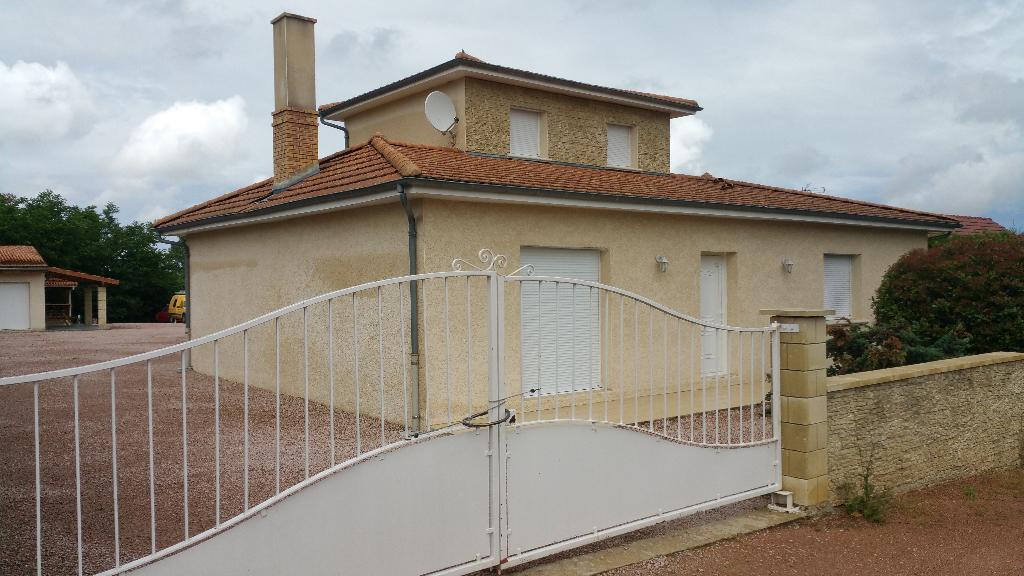 Domérat : Maison  4 pièces - 120 m2