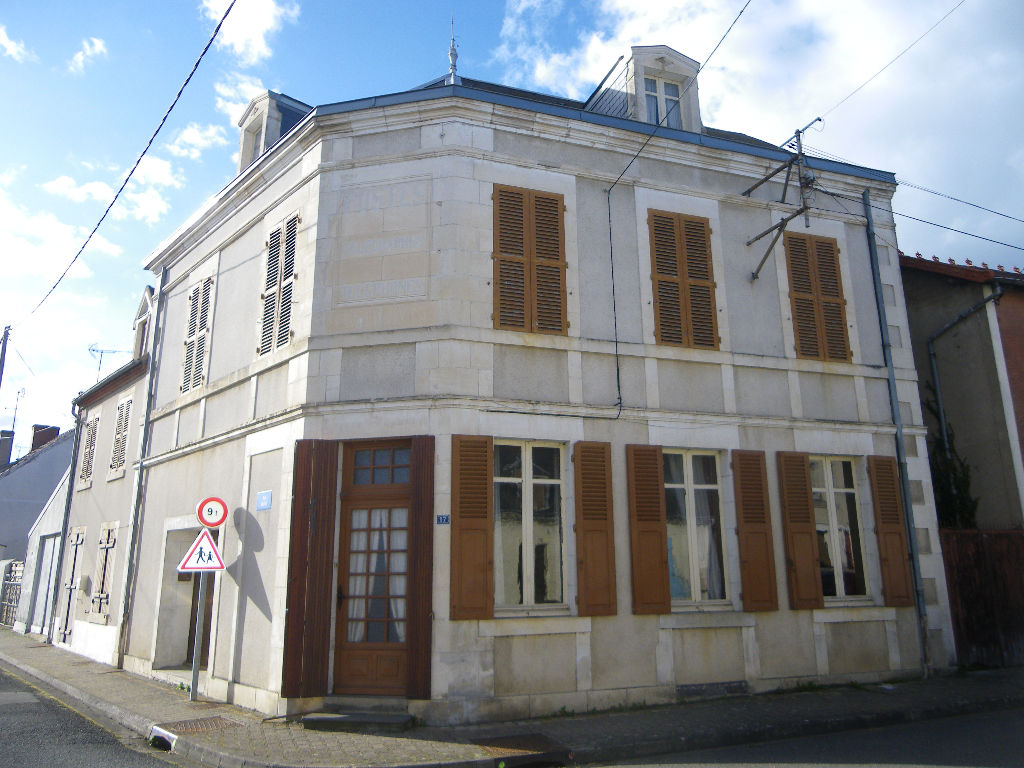 Maison Culan 6 pièce(s) 113.70 m2