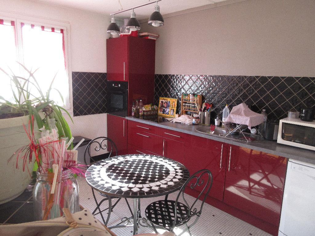 Appartement Montlucon 4 pièce(s) 70 m2