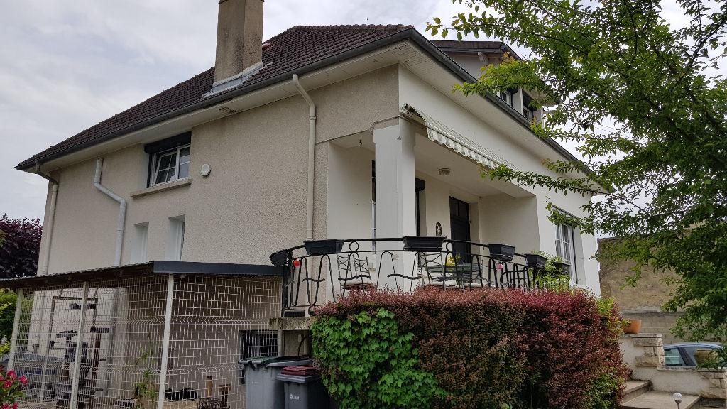 Maison Commentry 5 pièces - 151 m2