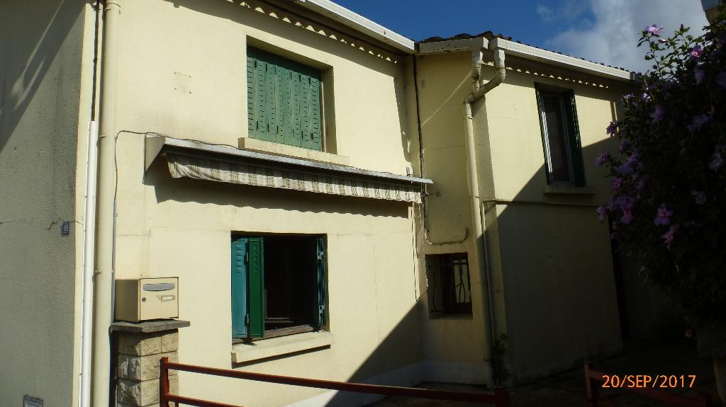 Maison Saint Eloy Les Mines 3 pièce(s) 96.01 m2